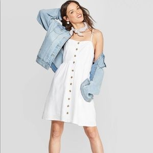 Target Universal Thread™️ White dress w Buttons XL